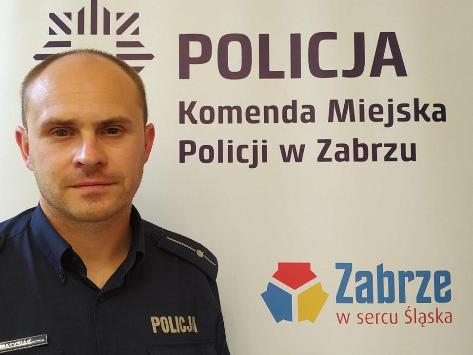 zdjęcie kolorowe: mł. asp. Jakub Matysiak